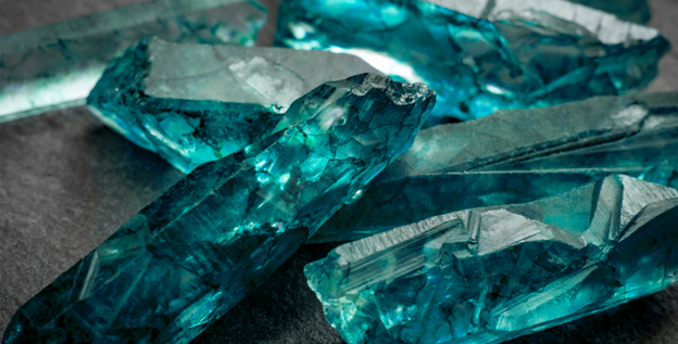 The Ultimate Guide to Aquamarine Birthstone