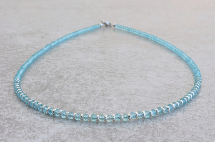 Aquamarine_beaded_necklace_for_women_silver