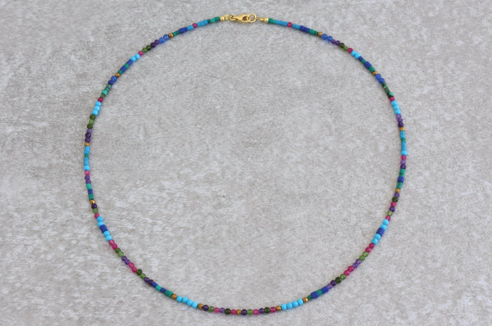 Colorful_beaded_necklace_turquoise_gift_for_women