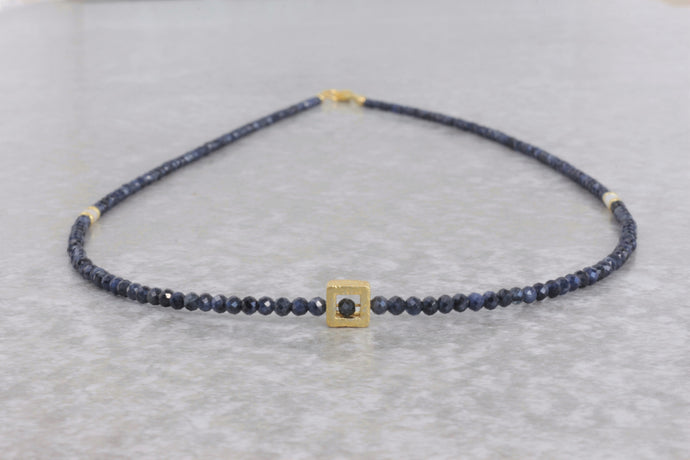 Dainty_blue_sapphire_beaded_necklace_for_women