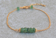 Load image into Gallery viewer, Green_emerald_delicate_bracelet_for_women_gold