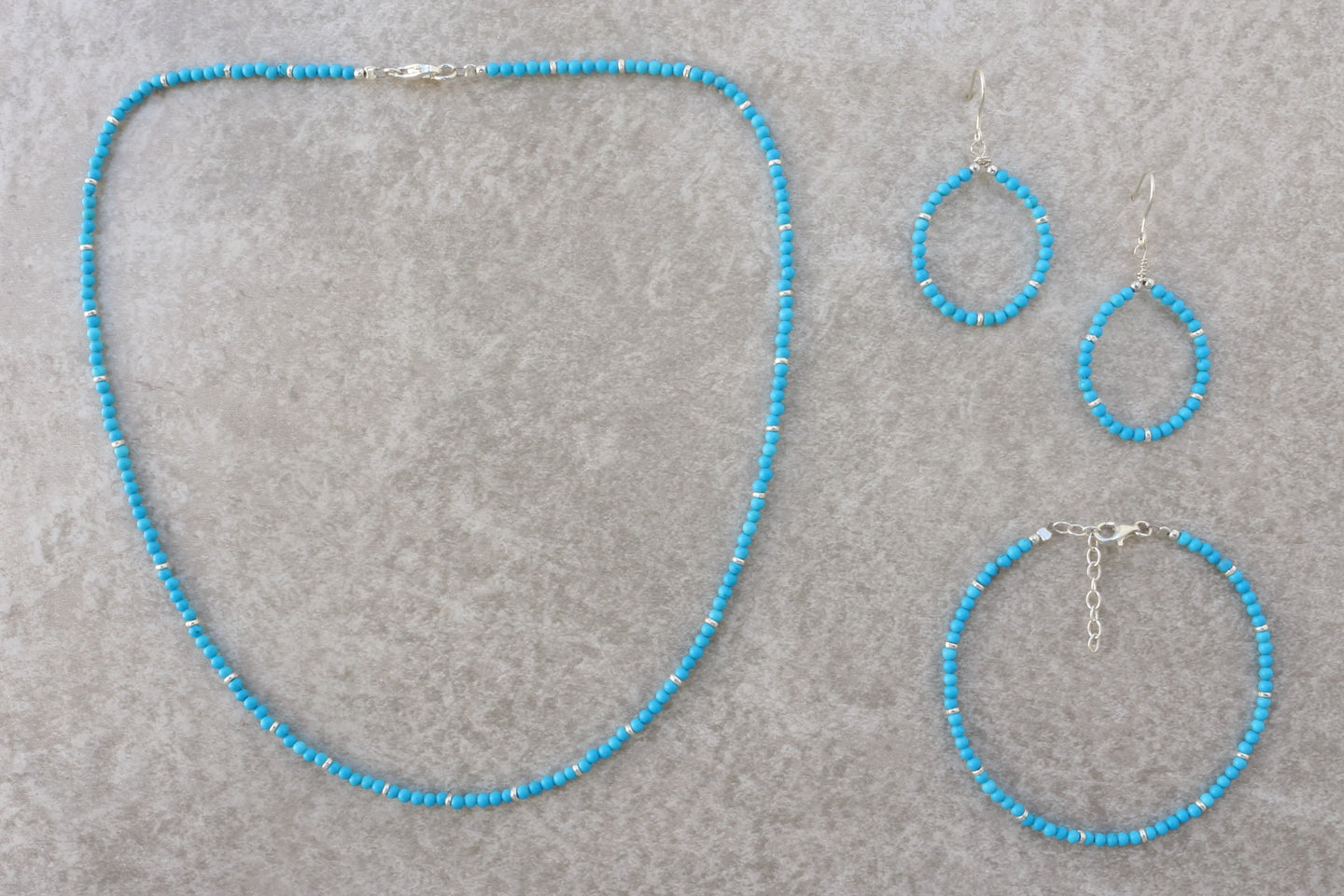 Jewelry_set_Turquoise_beaded