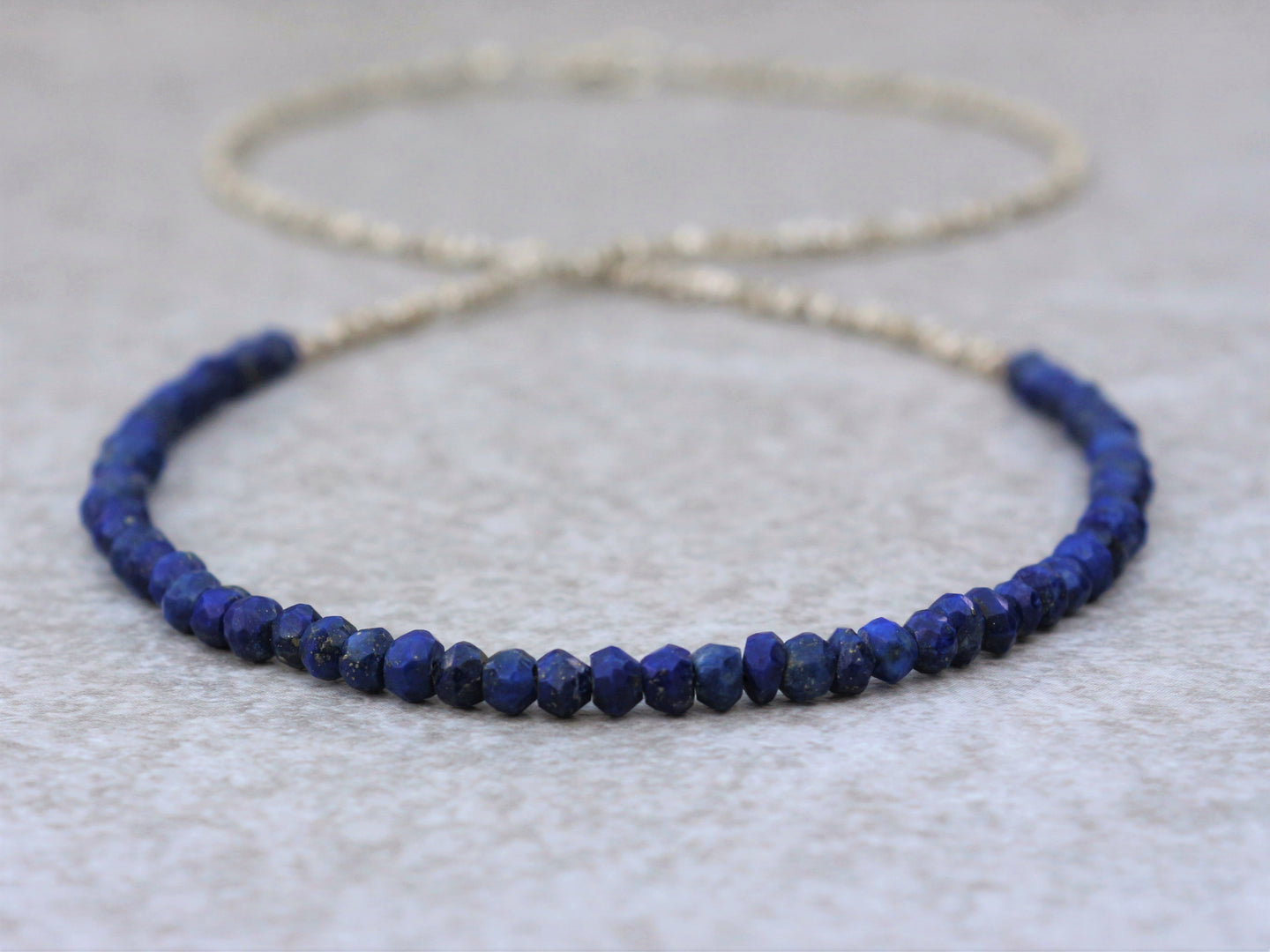 Lapis_lazuli_beaded_necklace_for_women_statement