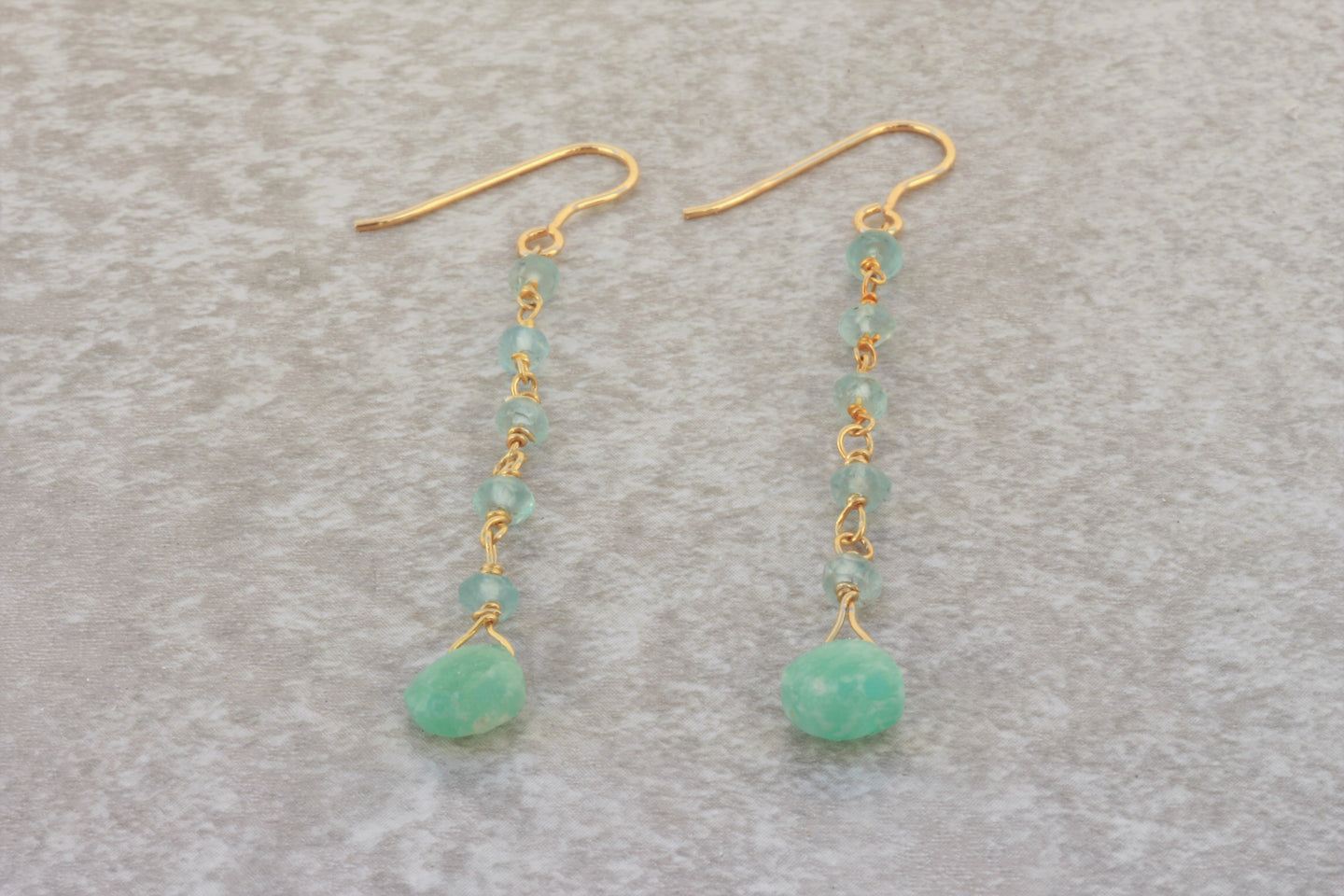 Long_line_dangle_earrings_aquamarine_gold