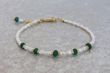 Load image into Gallery viewer, Pearl_beaded_bracelet_for_women_green