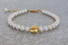 Load image into Gallery viewer, Pearl_beaded_gold_bracelet_for_women_wedding