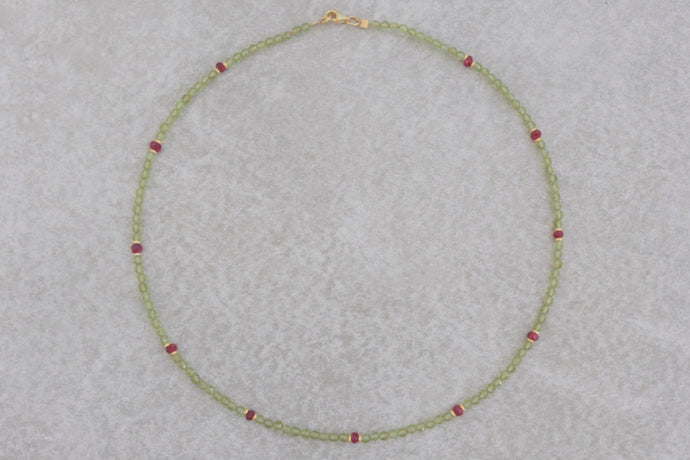 Peridot_red_ruby_beaded_necklace_for_women