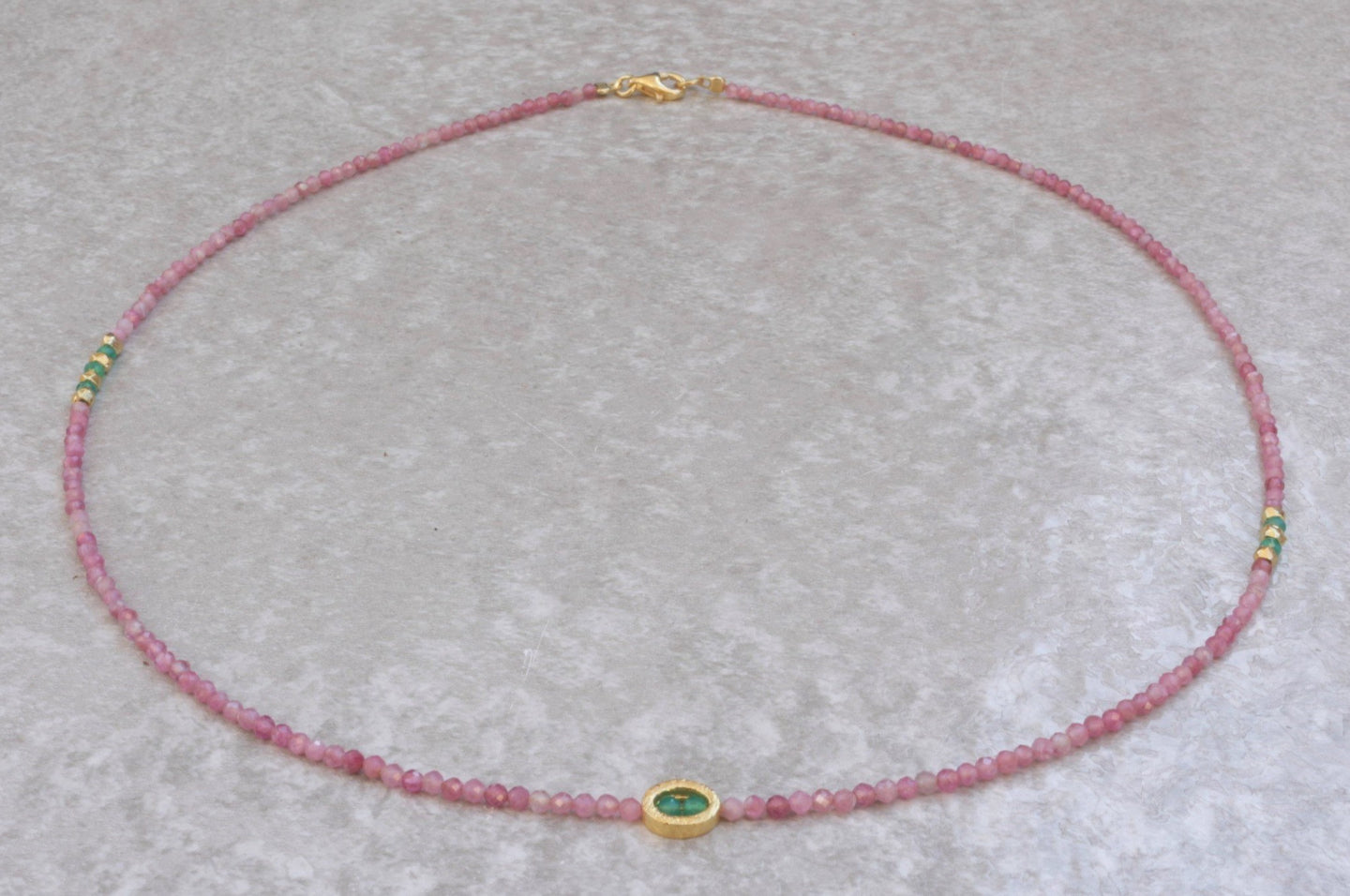 Pink_Tourmaline_beaded_necklace_for_women