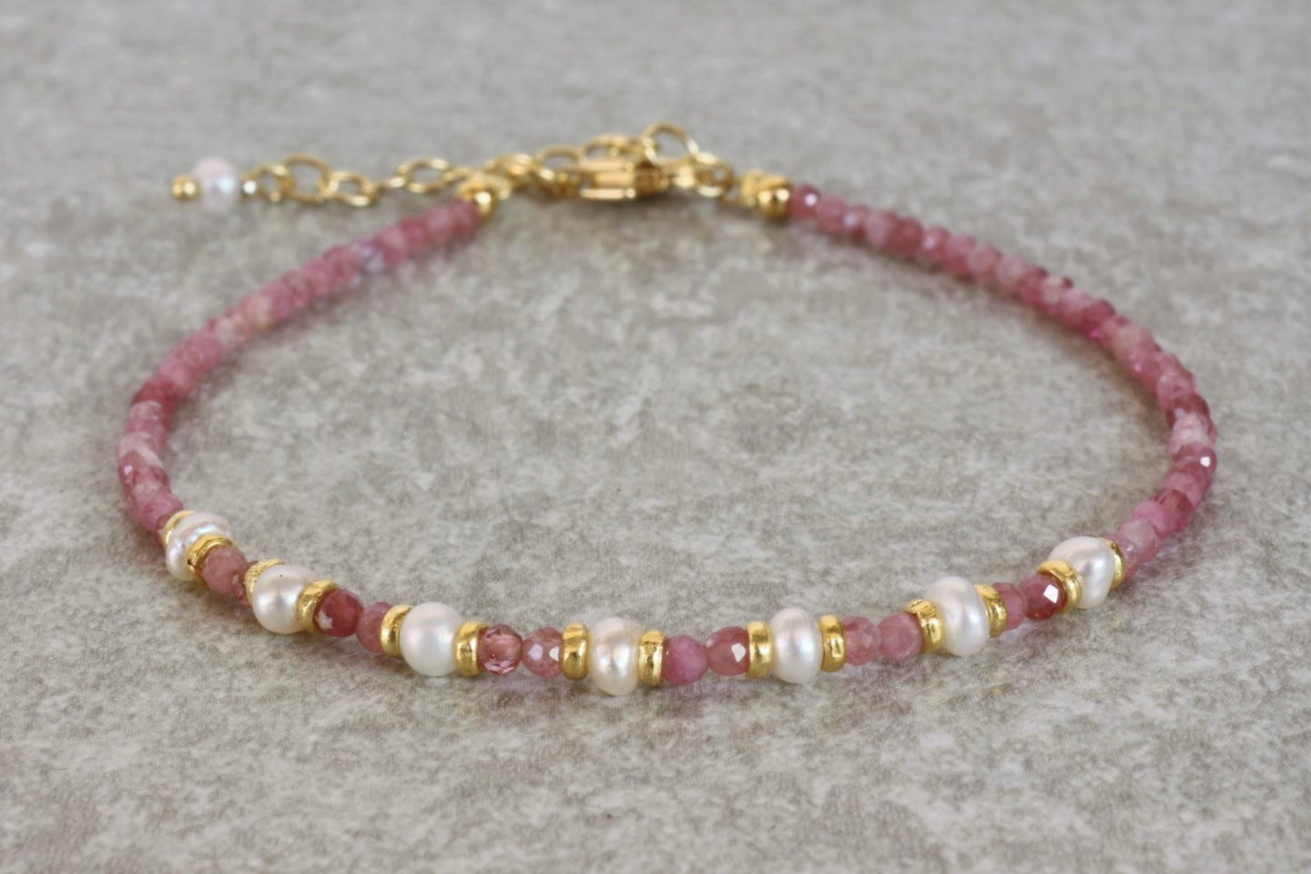 Natural pink Tourmaline beaded bracelet with freshwater pearls