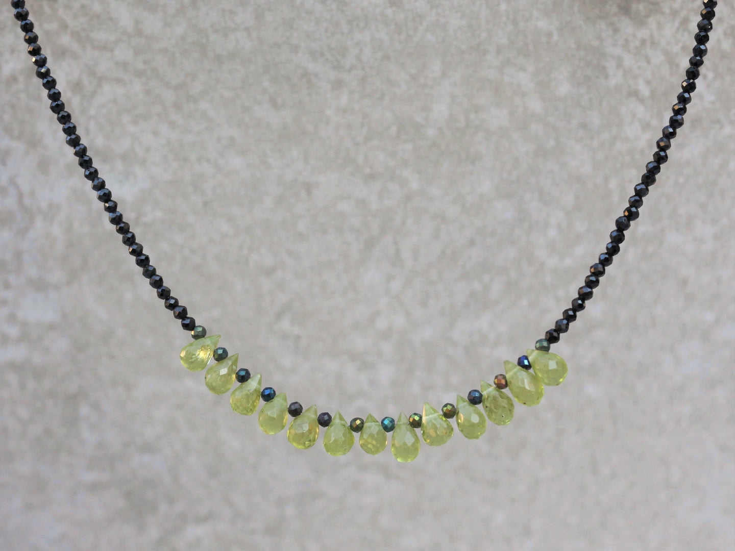 Statement_black_spinel_beaded_necklace_peridot