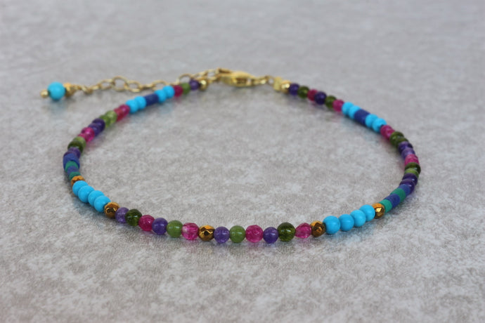 colorful_turquoise_beaded_bracelet_for_women