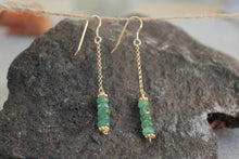 Load image into Gallery viewer, Long_line_emerald_earrings_silver_gold