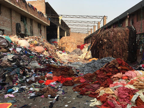 Fashion industry and pollution