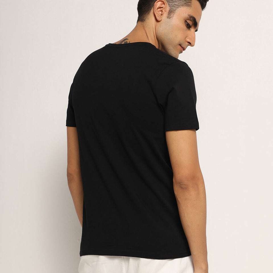 Load image into Gallery viewer, Black round neck tshirt