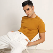 Load image into Gallery viewer, Crew neck for men in mustard
