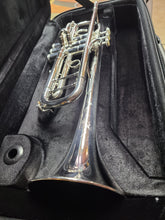 Load image into Gallery viewer, DEMO Shires Q Series Professional Bb Trumpet