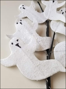 Black & Gray Ghost Halloween DIY Wreath Kit - Designer DIY