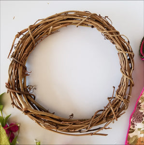 Spring Grapevine DIY Wreath Kit - Designer DIY