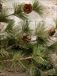 Gold Glitz Pine Wreath with Pine Cones - Designer DIY