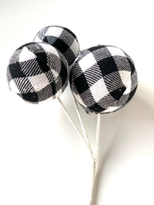 Buffalo Plaid Pick | White - Designer DIY