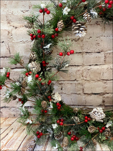 Christmas Pine Wreath | Red Berry & Pine Cones - Designer DIY