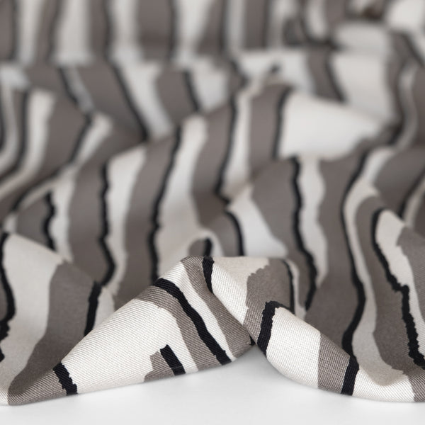 Abstract Animal Printed Ecovero Twill - Grey/Ivory