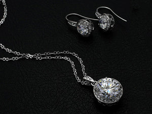 Halo Solitaire Circular Necklace and Earrings Set - StyleBest Australia