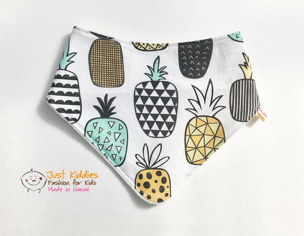 Bandana Bib - PINEAPPLE