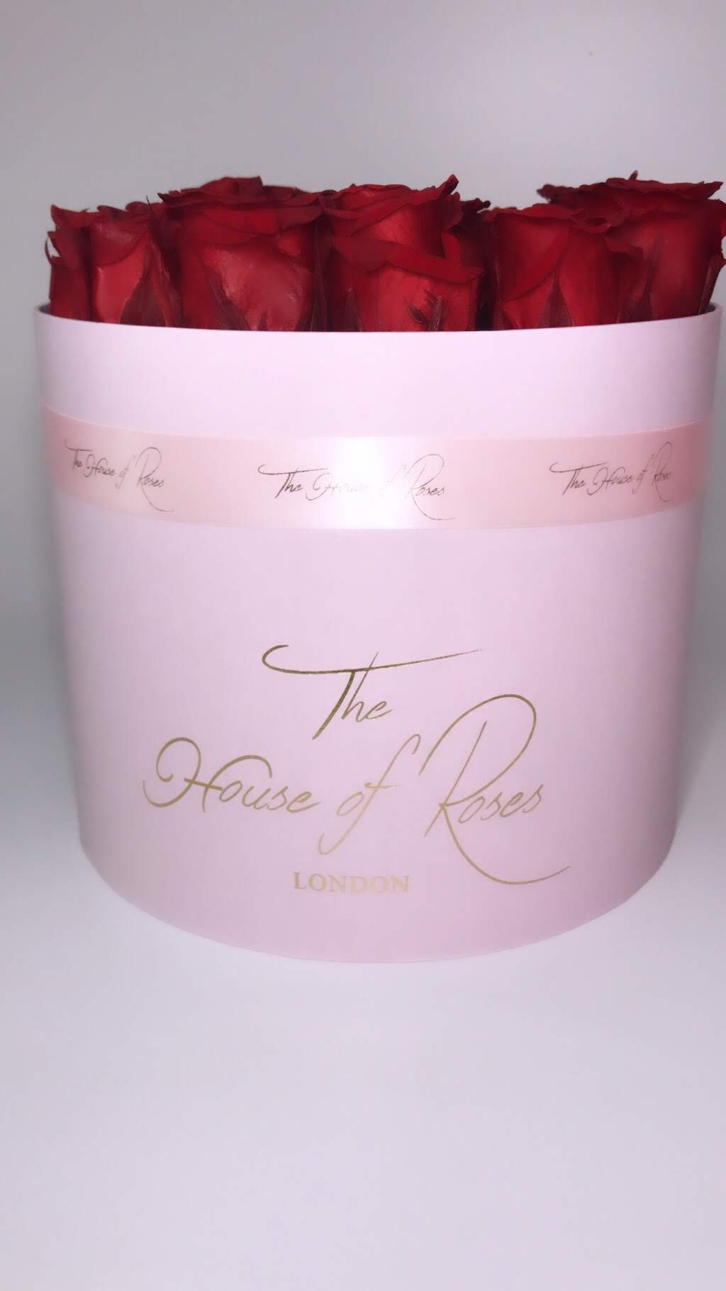 Eternal Rose Hatbox - Pink - The House of Roses London