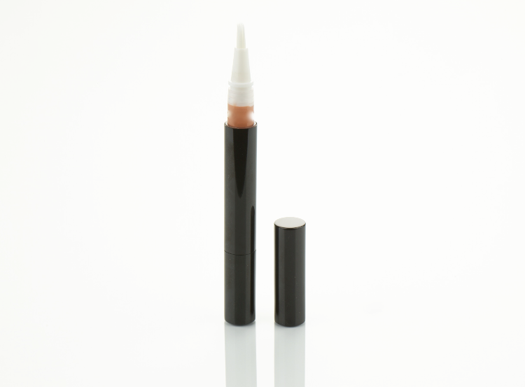 HD radiant concealer pen