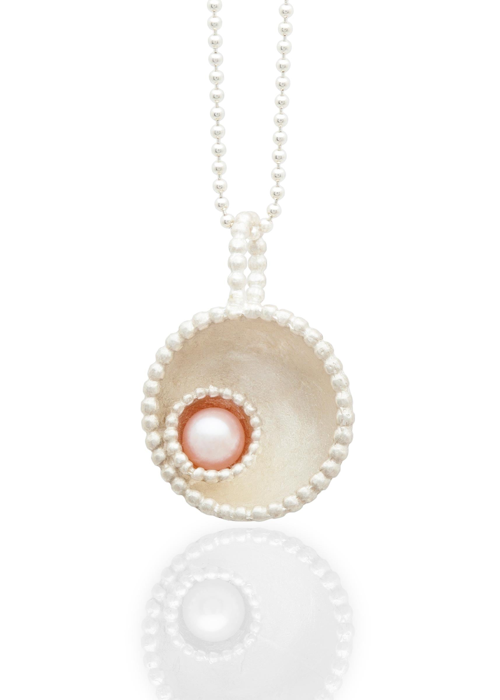 Byzantine dome pendant with pearl