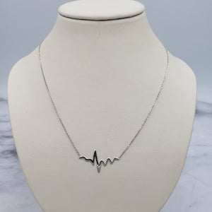 Adjustable Heart Beat Necklace