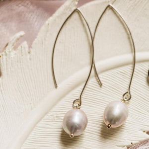 Pearl Thread Through Earring