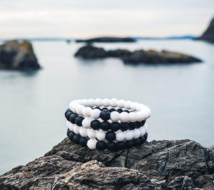 Black & White Lokai