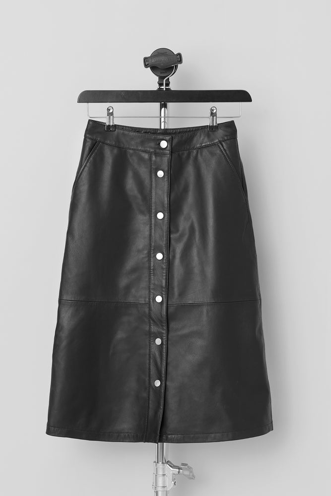 Load image into Gallery viewer, Lara Skirt Black