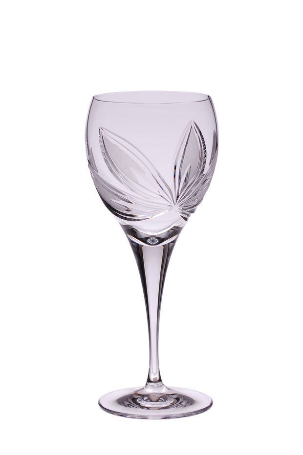 Red and White Wine Glasses Orchidea