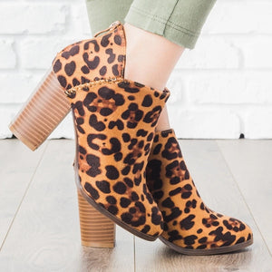 Thick Heeled Leopard Boots