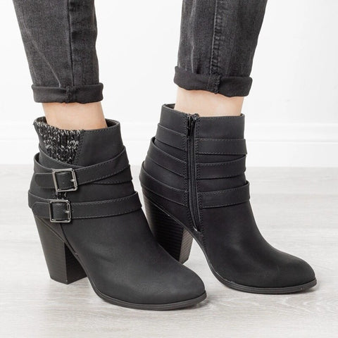 high-heeled women's boots