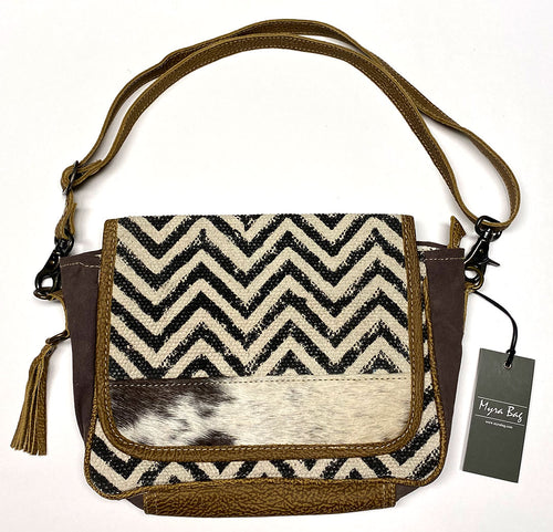 Zig-Zag Myra Shoulder Bag
