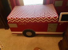 Load image into Gallery viewer, Children's Firetruck Bed/Play Set