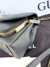Load image into Gallery viewer, Authentic Chanel Affinity flap small size supplier