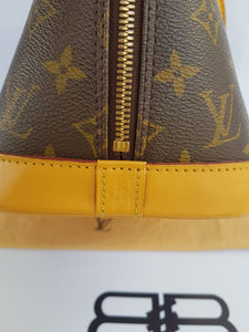 Authentic Louis Vuitton alma pawn