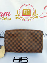 Load image into Gallery viewer, Authentic Louis Vuitton speedy bandouliere 30 luxury station ph