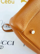 Load image into Gallery viewer, where to sell Authentic Preloved Hermes lindy 34