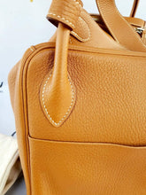 Load image into Gallery viewer, Authentic Preloved Hermes lindy 34 thebaggery ph