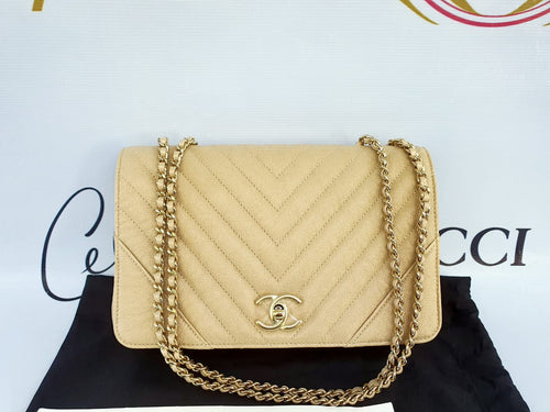 Brand new Chanel chevron Statement flap philippines