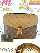 Load image into Gallery viewer, Authentic Louis Vuitton metis reverse monogram pawn online