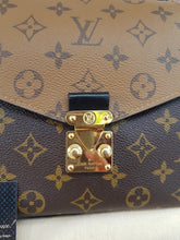 Load image into Gallery viewer, Authentic Louis Vuitton metis reverse monogram consignment