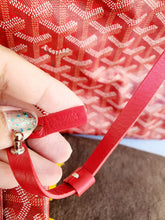 Load image into Gallery viewer, Authentic Goyard st. Louis Gm in red buy and sell