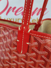 Load image into Gallery viewer, Authentic Goyard st. Louis Gm in red pawn